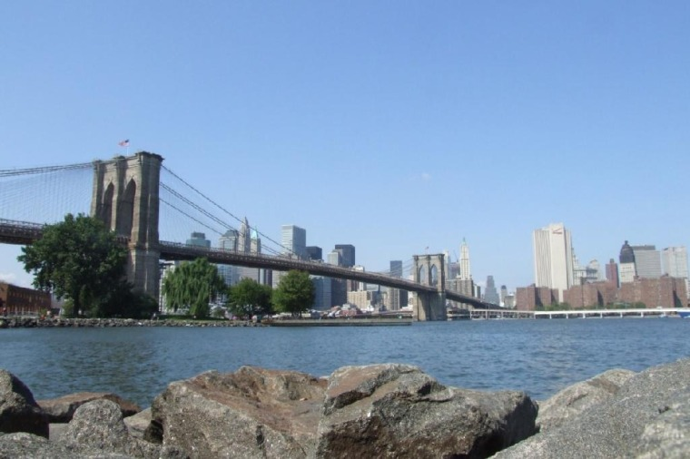 4265701-Brooklyn_Bridge_from_Brroklyn_Bridge_State_Park_New_York_City